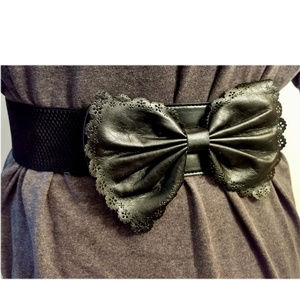 Stretch Faux Leather Bow Belt 80's